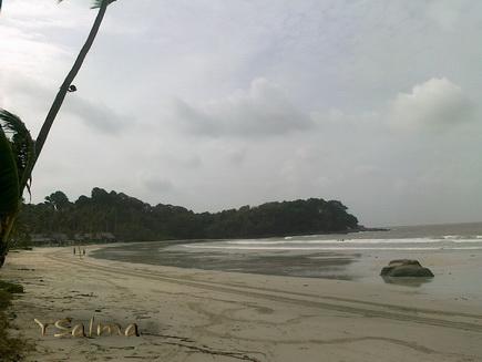 Lagoi, Pantai dari kamera HP sederhana.