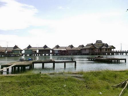 Rumah Panggung di Pulau Penyengat