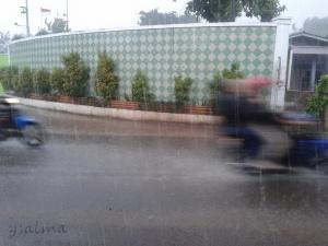 Hujan di Perjalanan