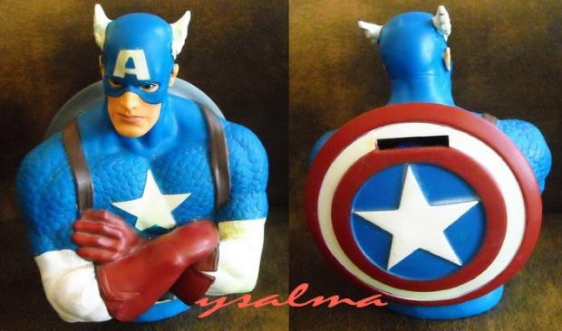 Celengan Kapten Amerika