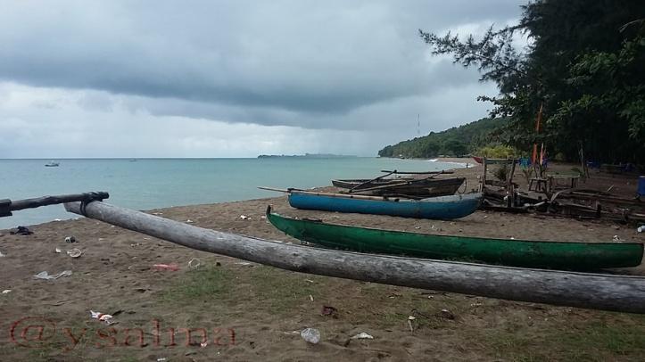 Pantai Sago Perahu Nelayan