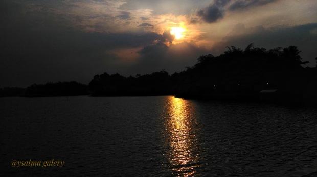 Photo Challenge Glow Sunset