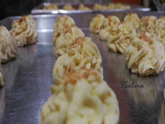 Sagu keju dari tepung Tapioka