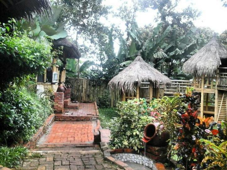 Suasana Kampung Koneng